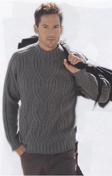 Вязаный мужской пуловер.