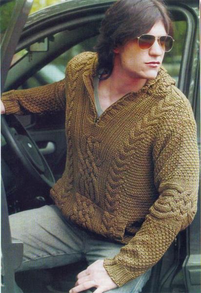 Пуловер из аранских жгутов.