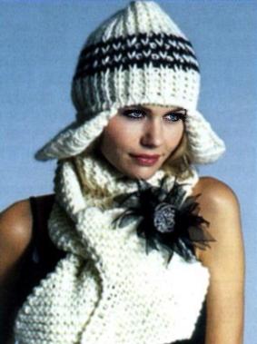 Вязаные шапочка и шарф.