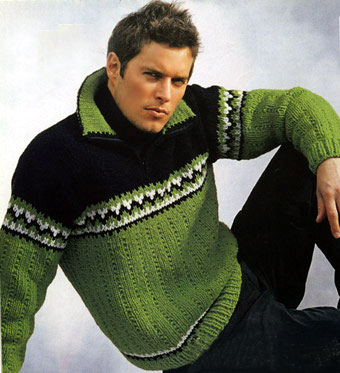 Мужской трёхцветный пуловер и шарф, вязаные спицами.