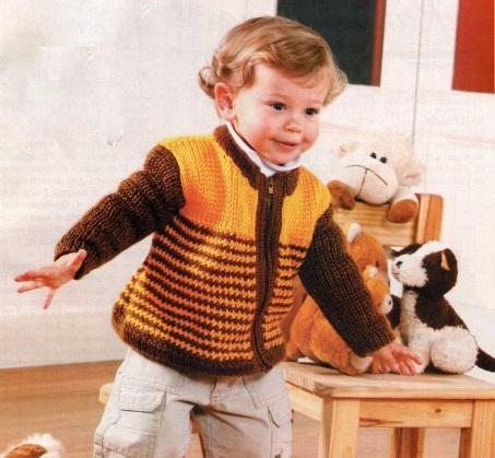 Полосатый жакет на молнии для мальчика. Вязание спицами.