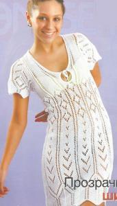 Ажурное платье вязаное спицами.