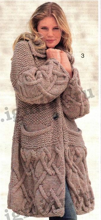 Пальто с карманами вязаное