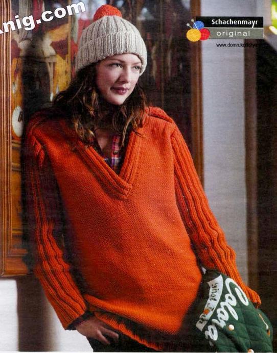 Пуловер и шапочка вязаные спицами.