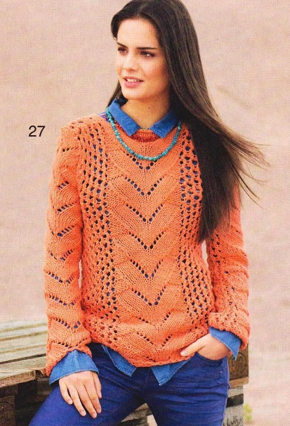 Оранжевый пуловер вязаный спицами.
